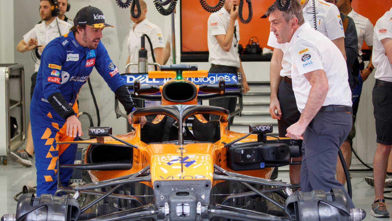Fernando Alonso vuelve a pilotar el MacLaren en los test posteriores al GP de Bahrein