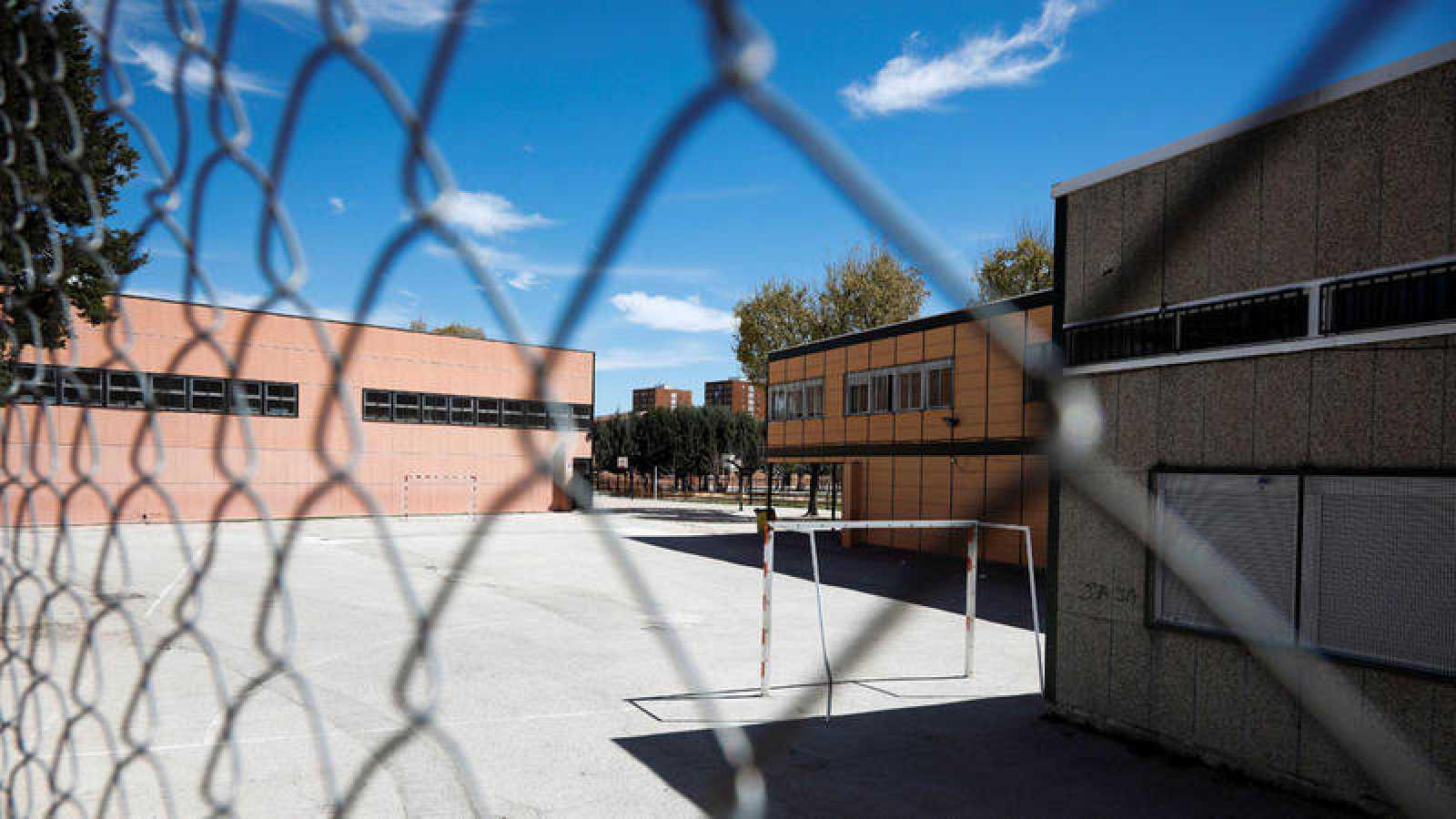 Instituto Ciudad de Jaén donde estaba matriculada una menor que se suicidó por acoso escolar en 2015