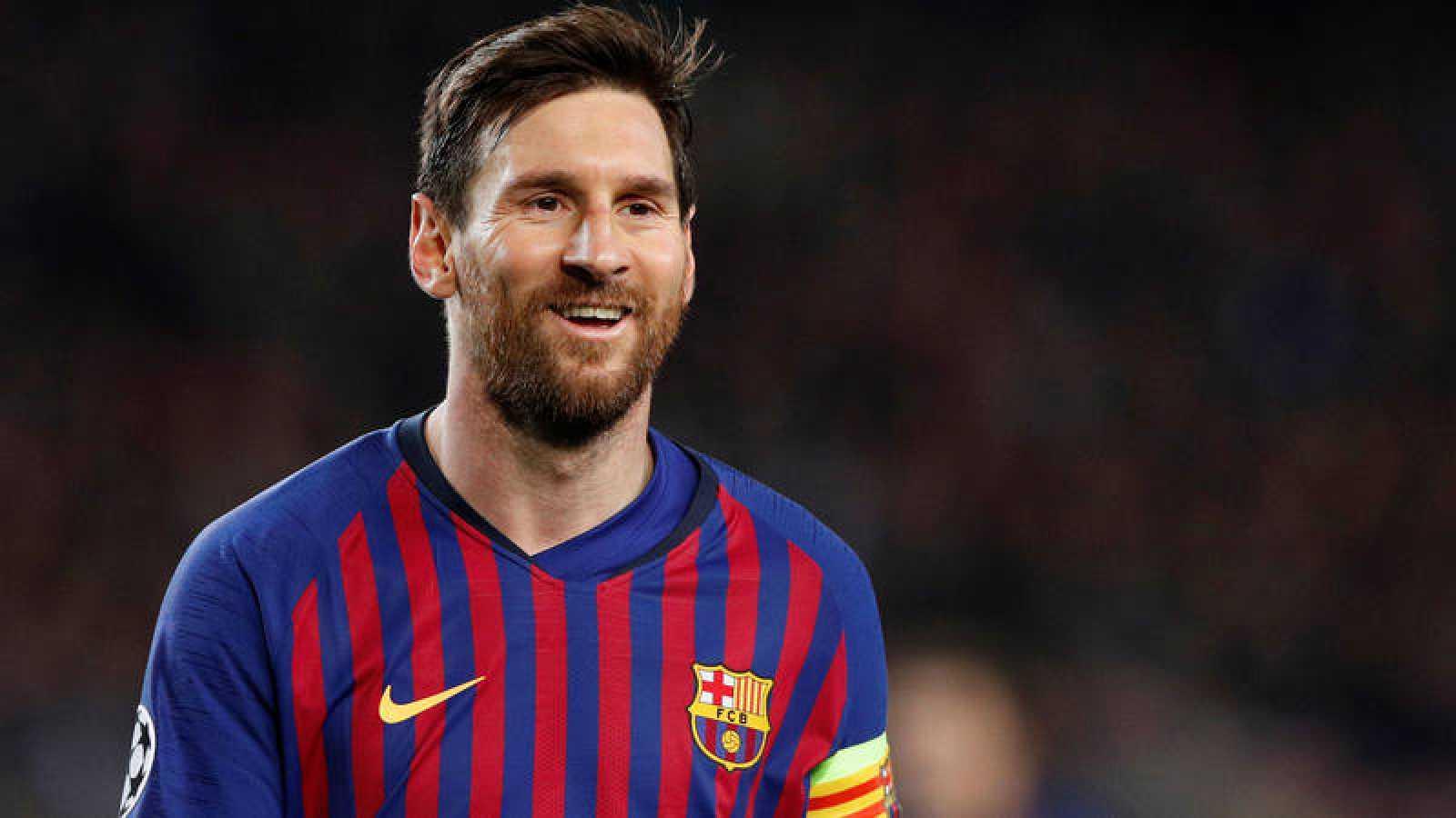 Messi sonríe tras el partido contra el Manchester United, que acabó con victoria del Barça 3-0.