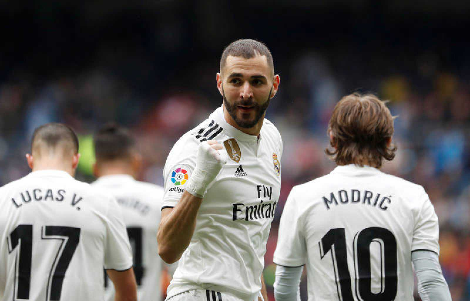 Karim Benzema celebra su primer gol al Athletic de Bilbao.