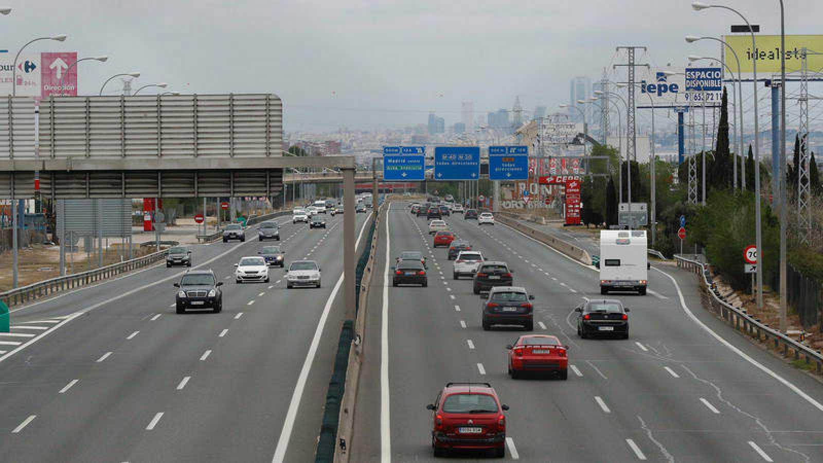 Estado del tráfico en la A-4, carretera de Andalucía en sentido entrada a Madrid durante la Semana Santa 2019