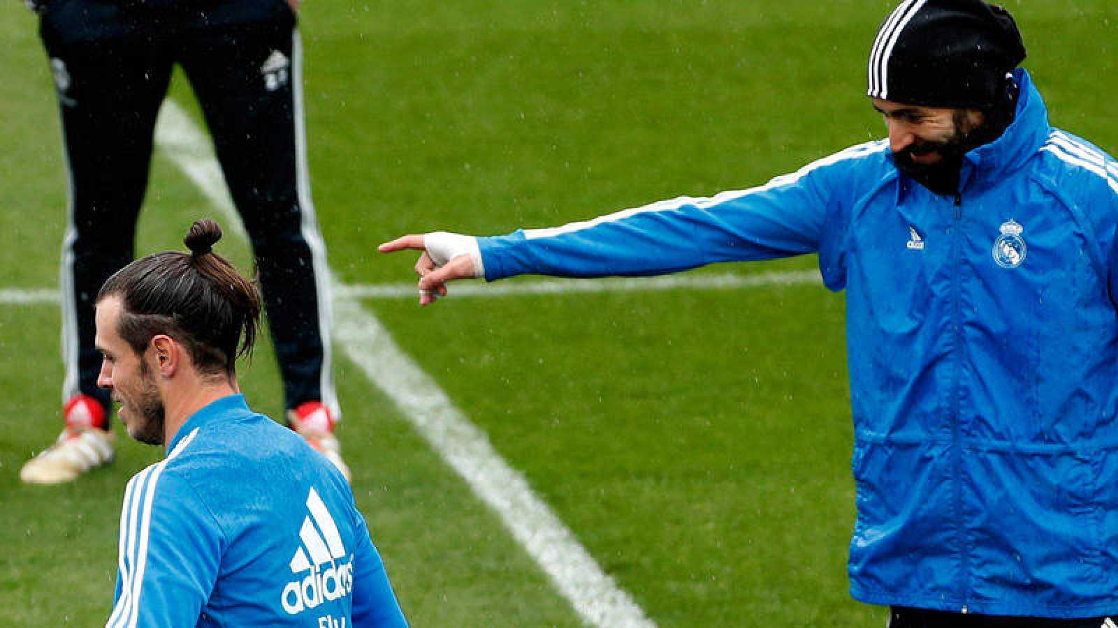Karim Benzema, en un entrenamieto con el Real Madrid.