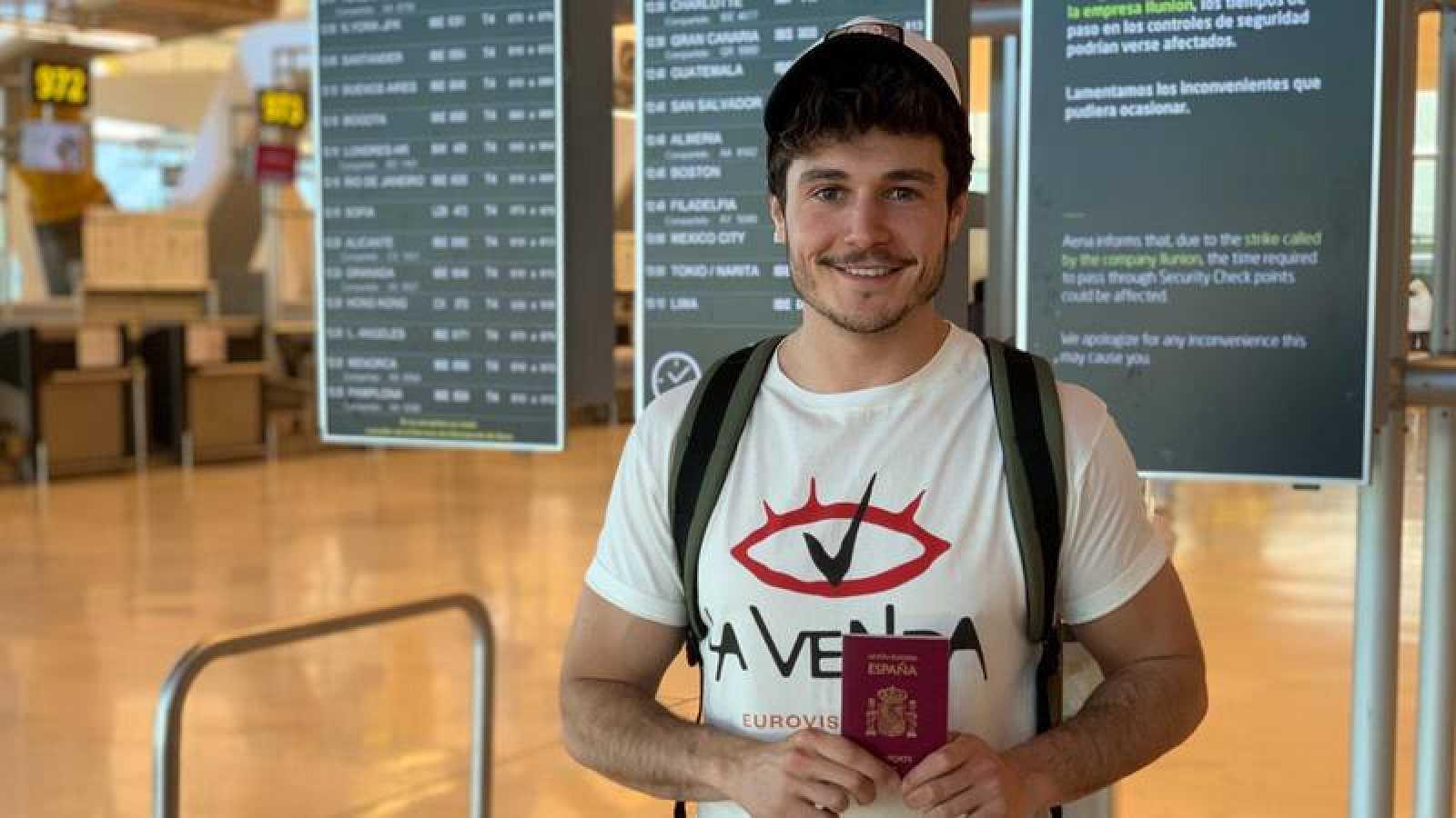 Miki en el aeropuerto de Madrid Barajas