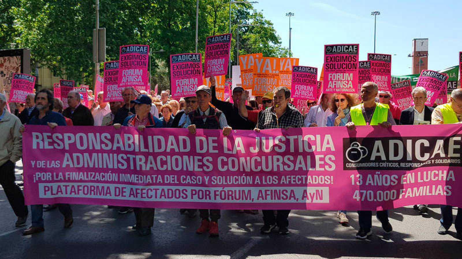 Afectados por Fórum Filatélico y Afinsa se manifiestan en Madrid
