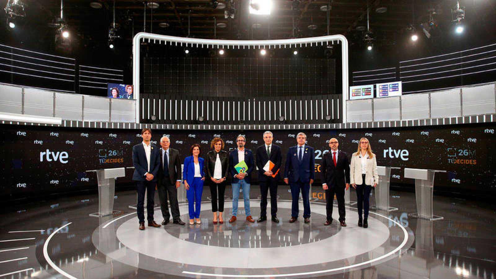 Foto de familia previa al debate de los candidatos a las elecciones europeas