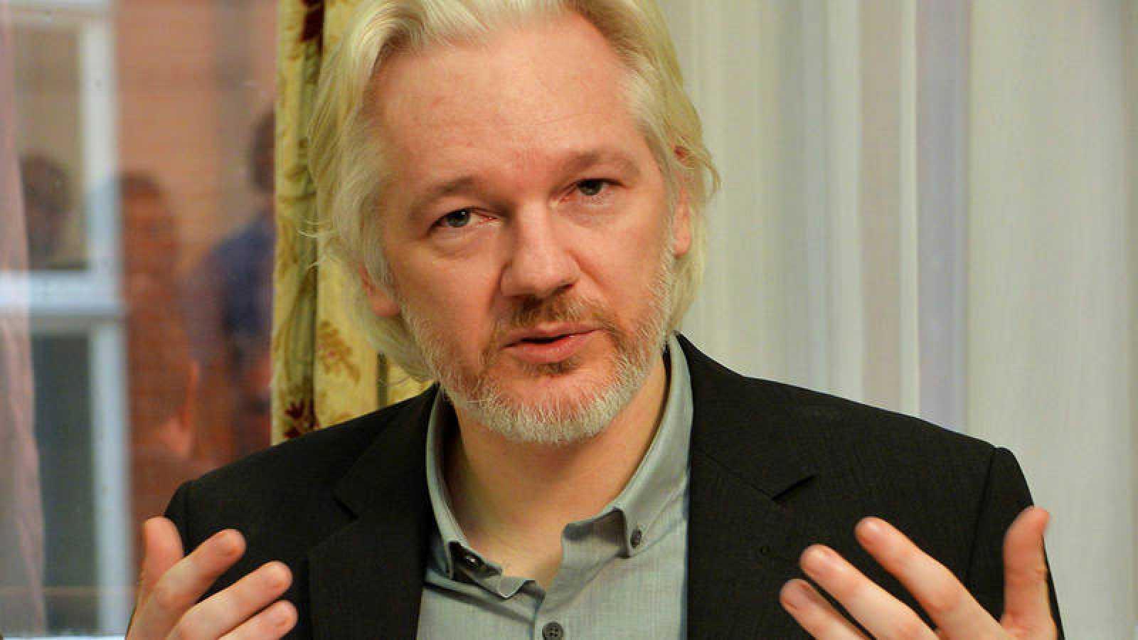 EE.UU. presenta 17 nuevos cargos contra Julian Assange