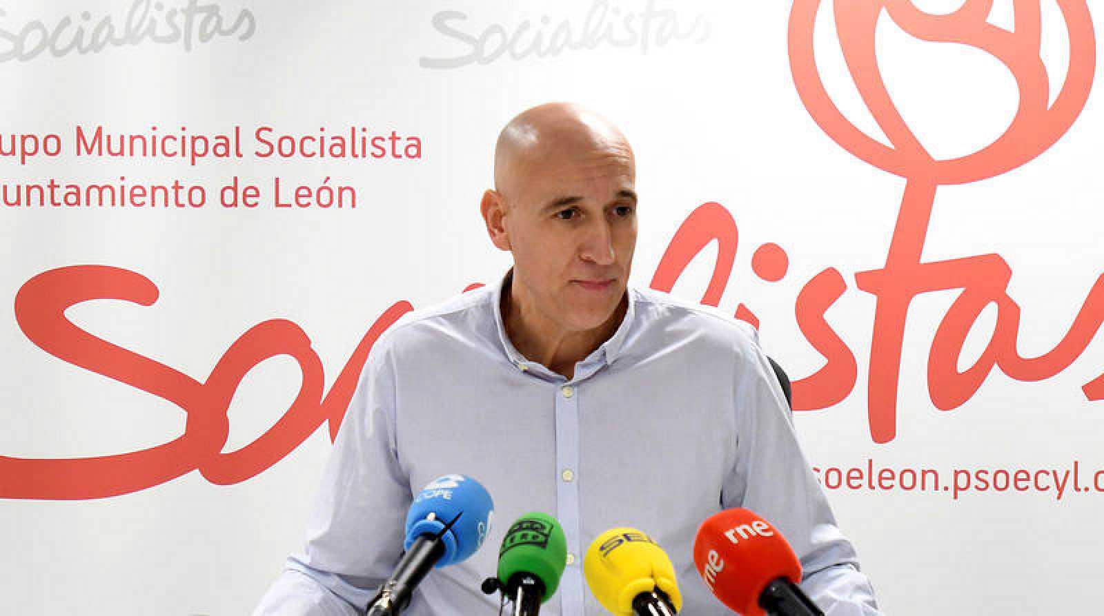 Imagen de archivo del candidato socialista al Ayuntamiento de León,JoséAntonioDiez.