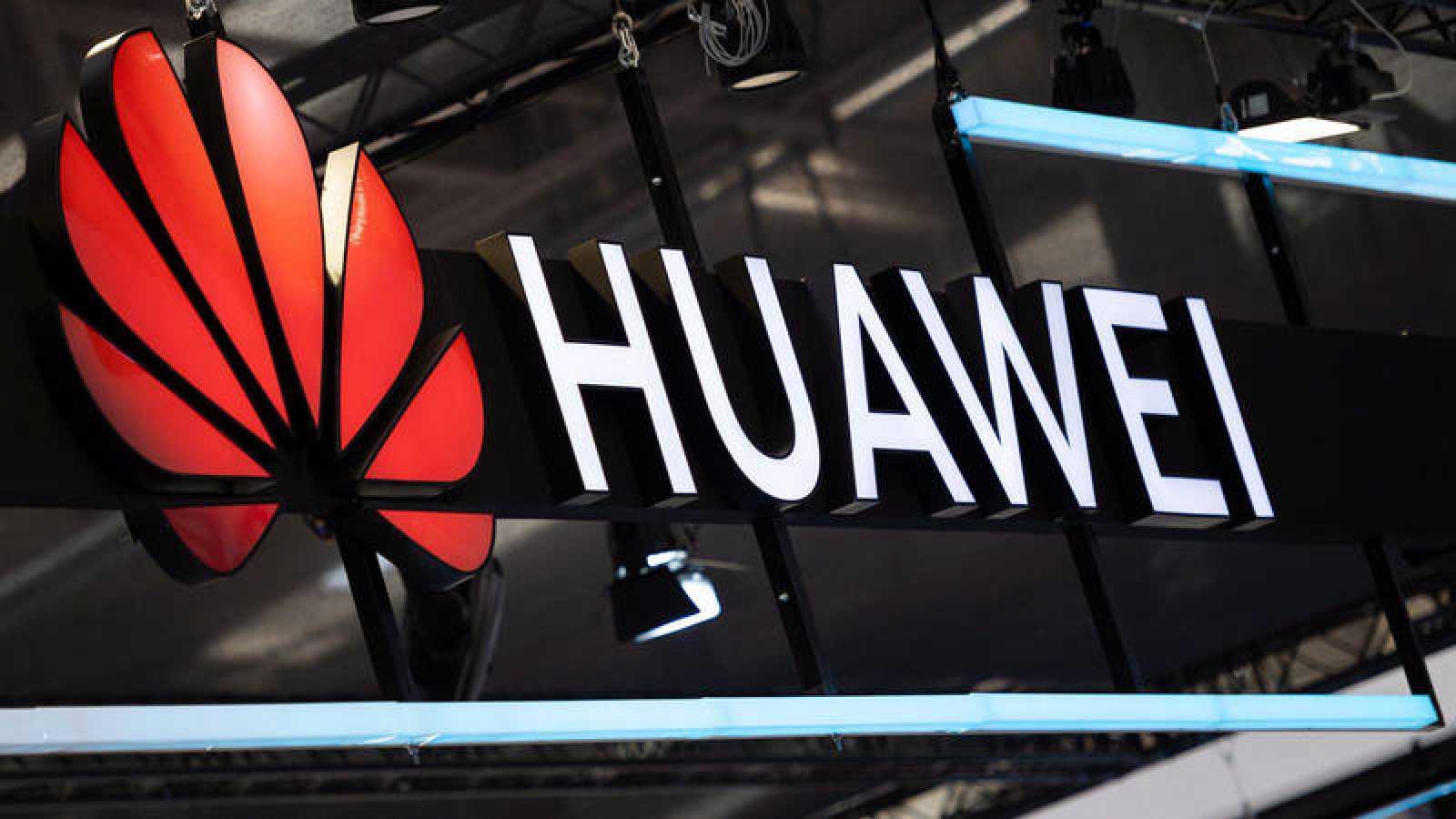 Huawei, logotipo durante la Feria de Hannover