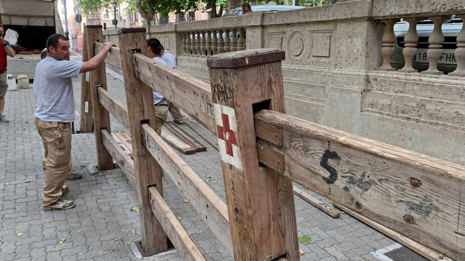 Comienza la colocación del vallado del encierro de los Sanfermines