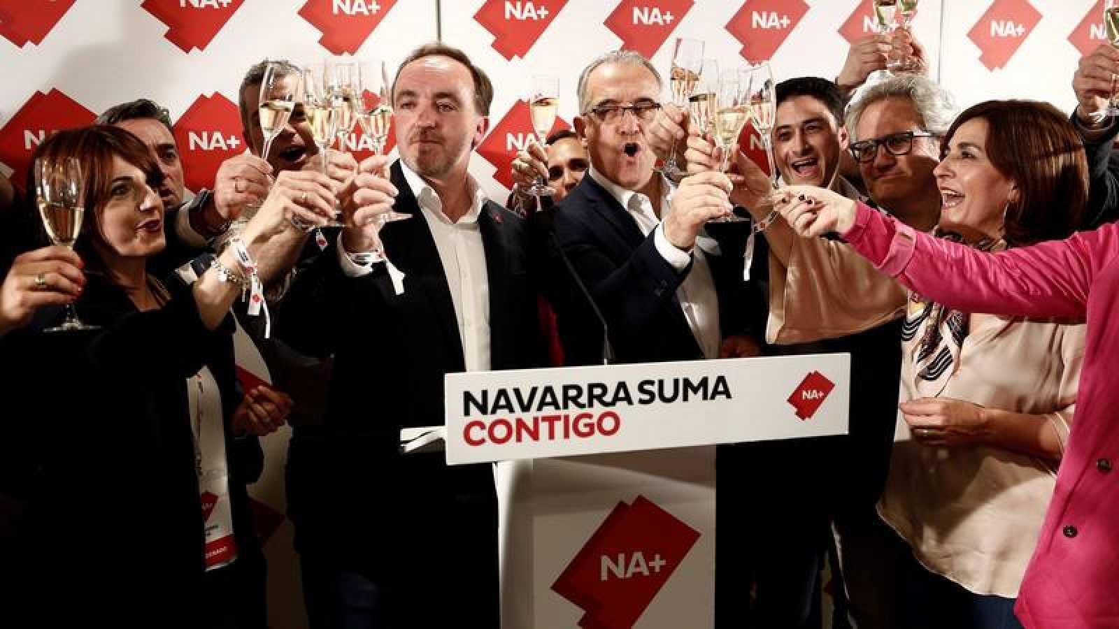 Los candidatos de Navarra Suma a la presidencia del Gobierno de Navarra y al Ayuntamiento de Pamplona Javier Esparza y Enrique Maya