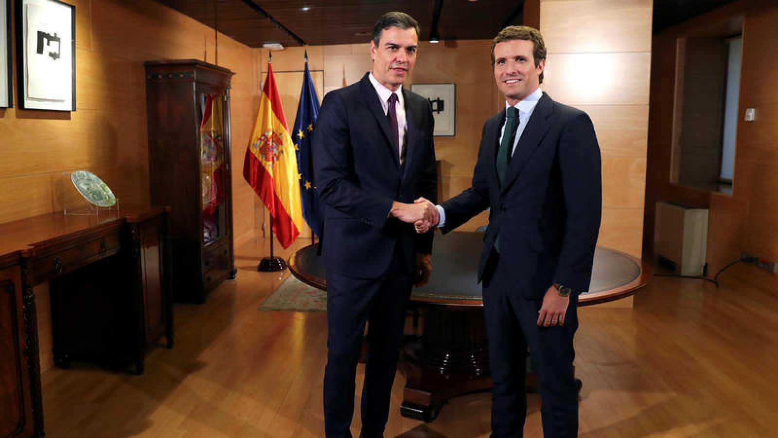 Reunión entre Pedro Sánchez y Pablo Casado