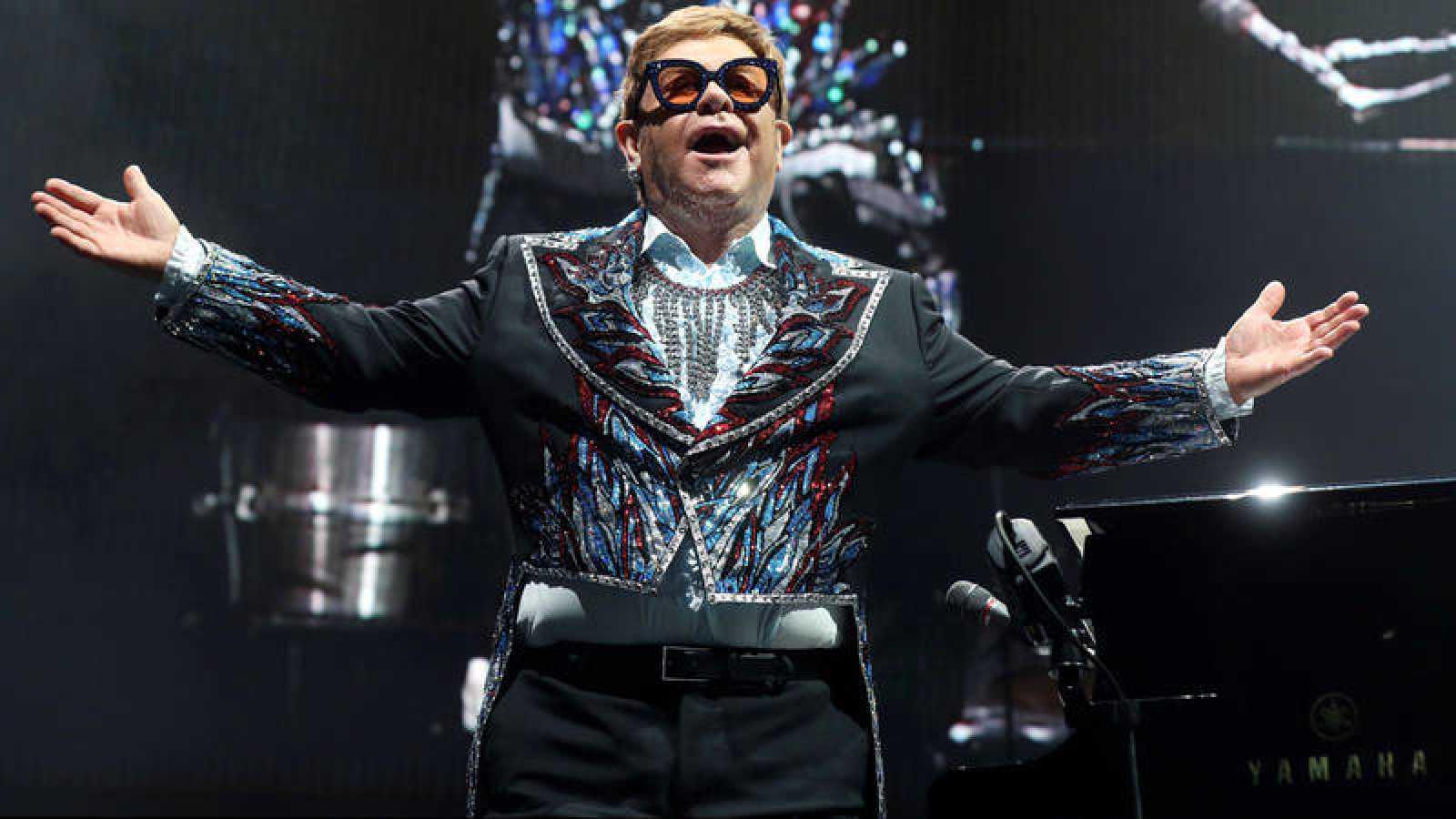 Elton John se despide de Madrid repasando medio siglo de éxitos