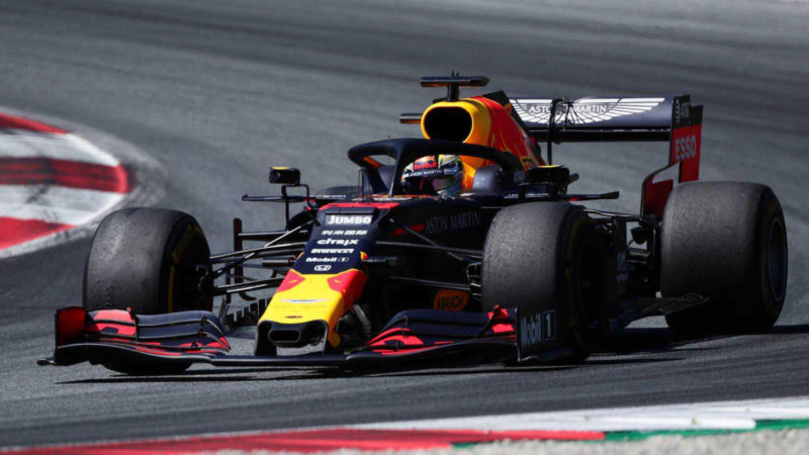 Verstappen gana el Gran Premio de Austria en un apretado final