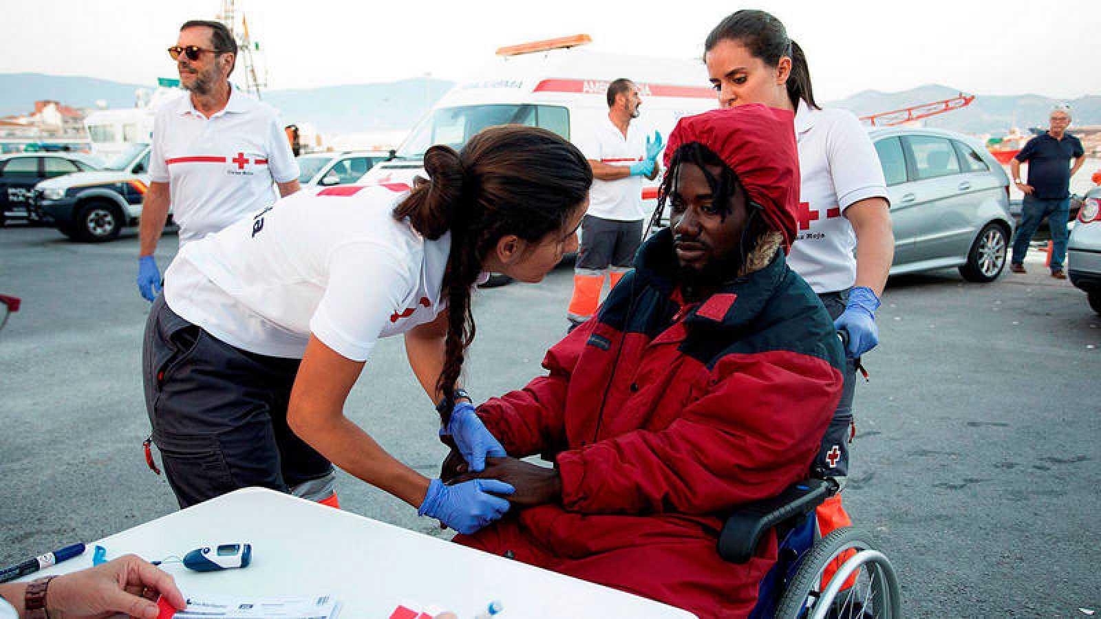 Llegada al puerto granadino de Motril de los 40 inmigrantes rescatados por Salvamento Marítimo el 29 de junio.