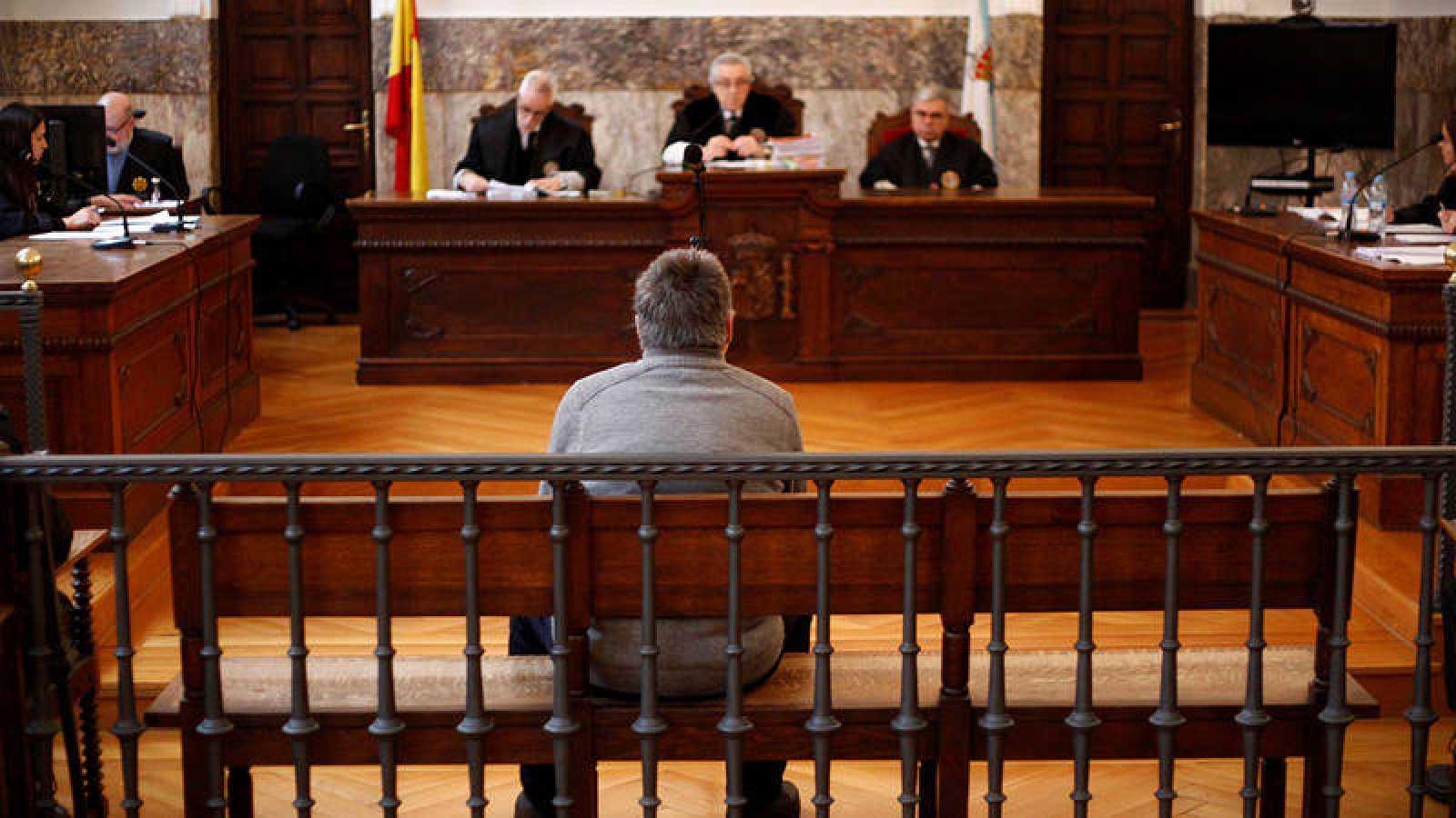 El parricida de Oza, durante la vista de apelación en el Tribunal Superior de Justicia de Galicia.