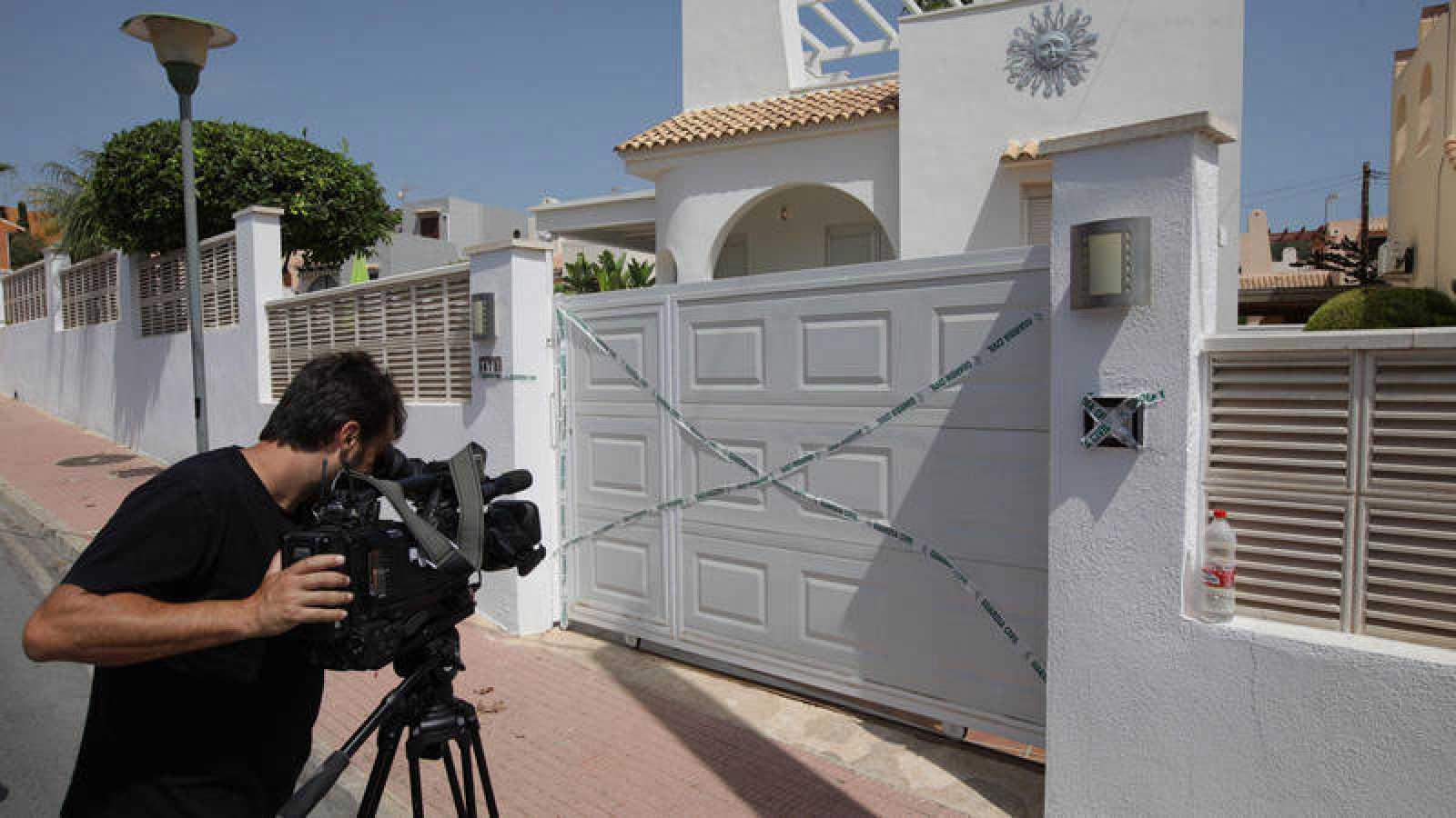 La vivienda de la urbanización Vallesa en Calpe Alicante en la que una mujer de 57 años ha sido asesinada presuntamente por su pareja