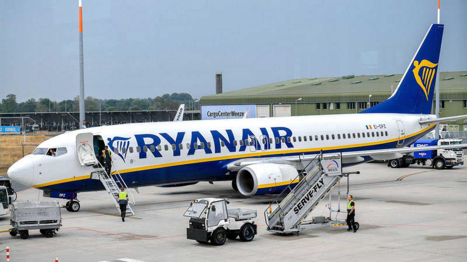 Ryanair amenaza con cientos de despidos y los justificaen el Brexit y en los retrasos en las entregas del 737 MAX.