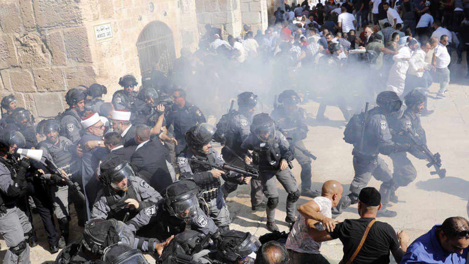 Las fuerzas de seguridad israelíesen laExplanada de las Mezquitas de Jerusalén