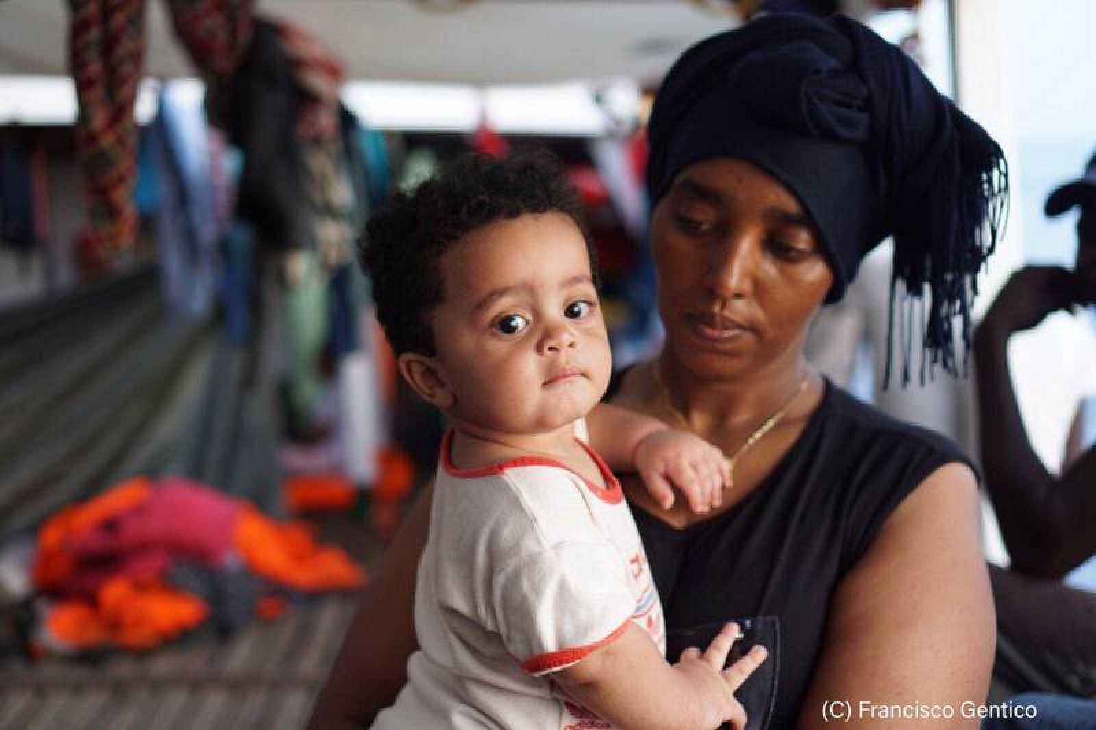El Open Arms solicita la evacuación de un bebé por dificultades pulmonares.