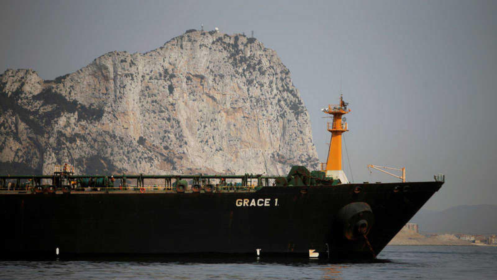 El petrolero iraníGrace 1, inmovilizado en aguas de Gibraltar.