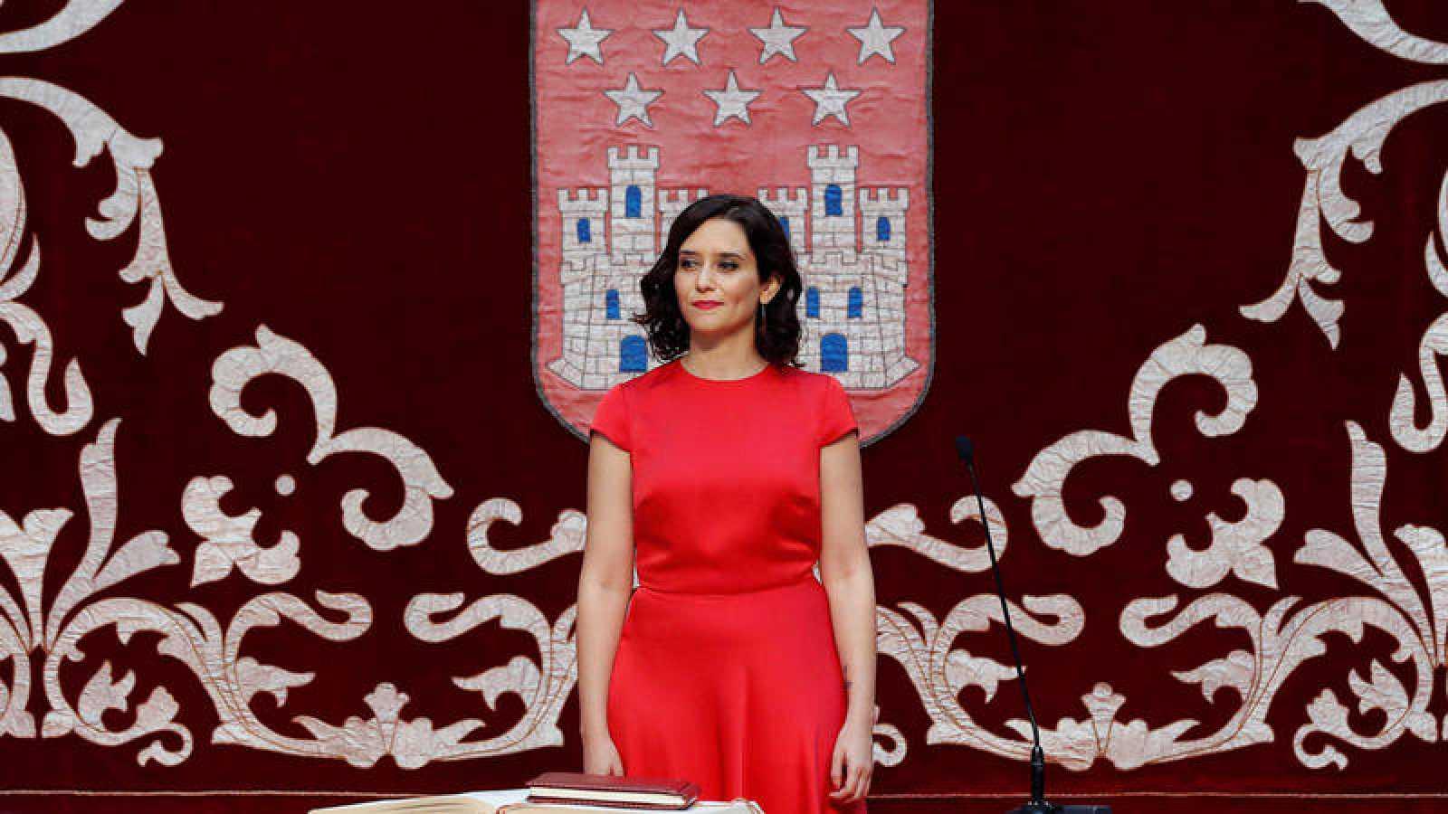 Isabel Díaz Ayuso antes de tomar posesión como presidenta de la Comunidad de Madrid en un acto celebrado este lunes en la Real Casa de Correos.