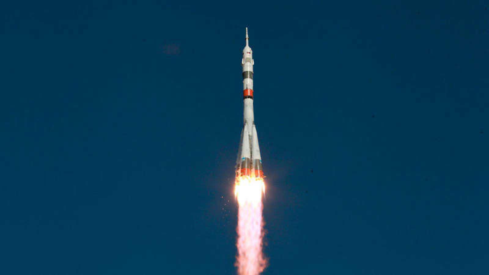 Imagen de archivo de la nave espacial rusa Soyuz MS-14