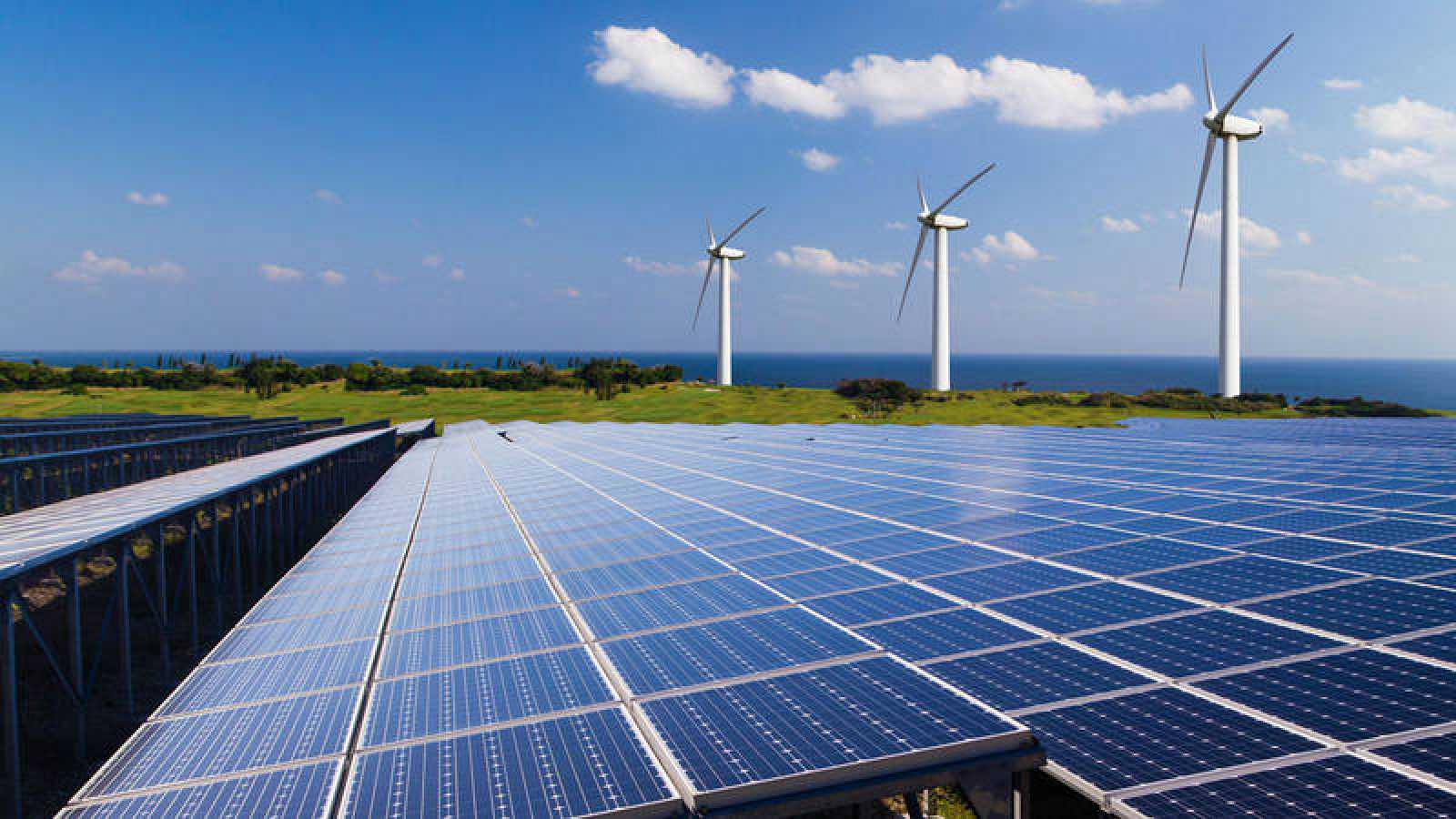 La inversión global en renovables en 2018 triplicó a la que se realiza en carbón y gas.