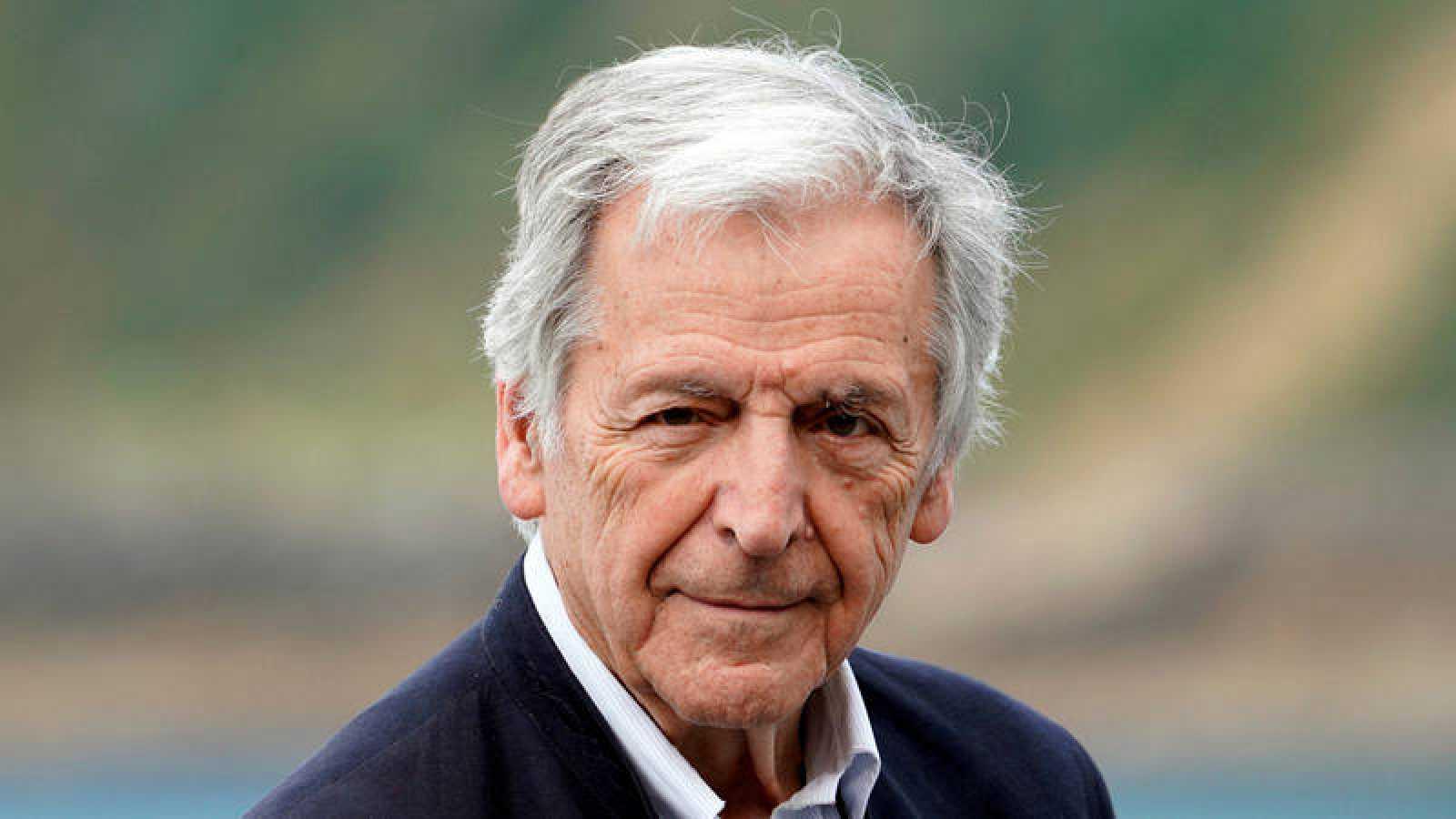 Costa-Gavras recoge en San Sebastián el Premio Donostia y presenta 'Adultos en la habitación'.