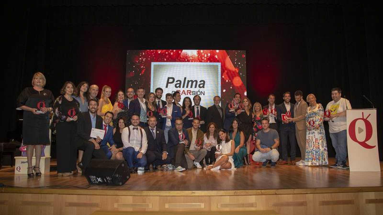 Foto familia Premios Aquí TV