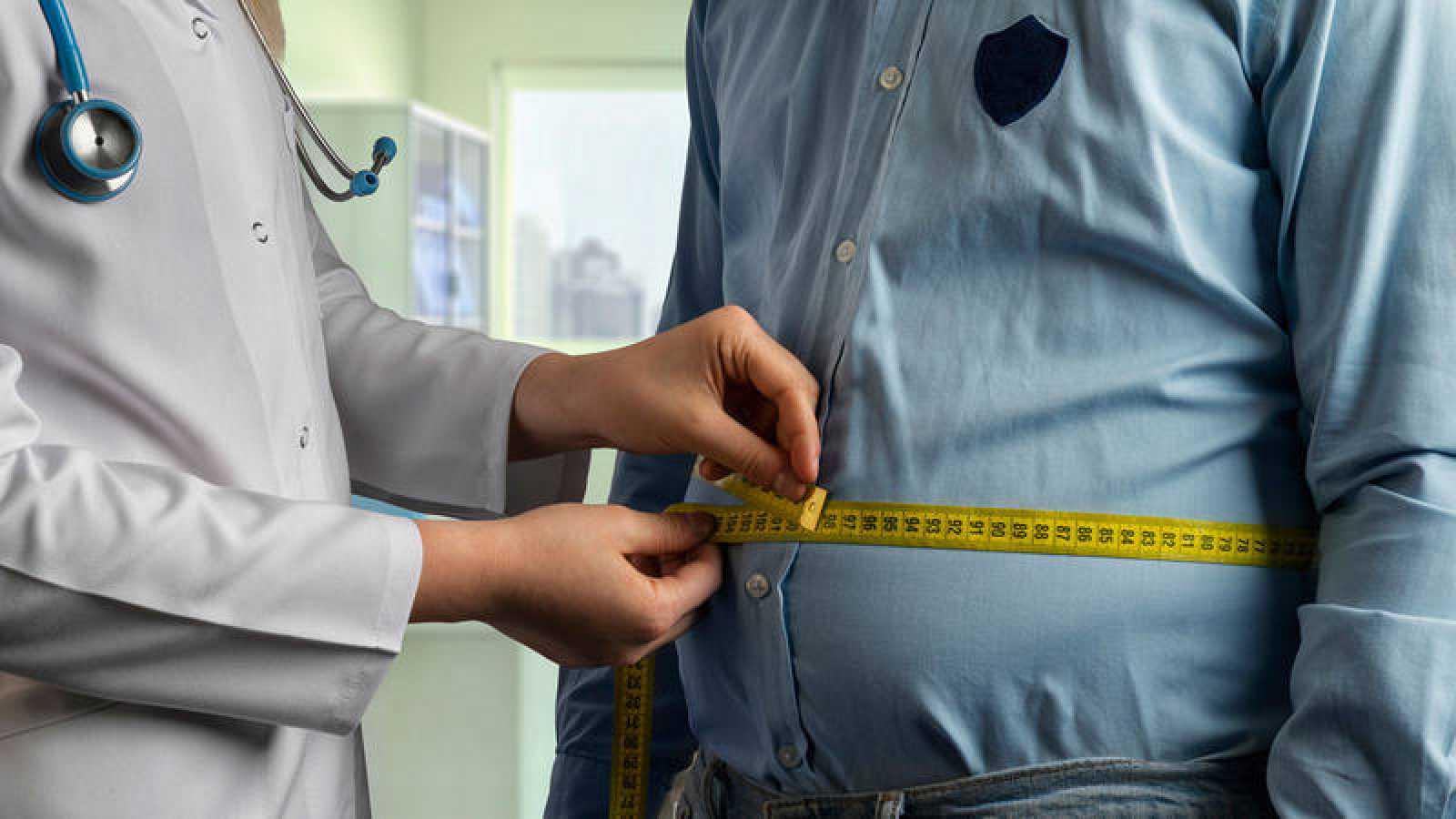 El sobrepeso provoca en España un gasto sanitario del 9,7% y reduce el PIB del país, según la OCDE