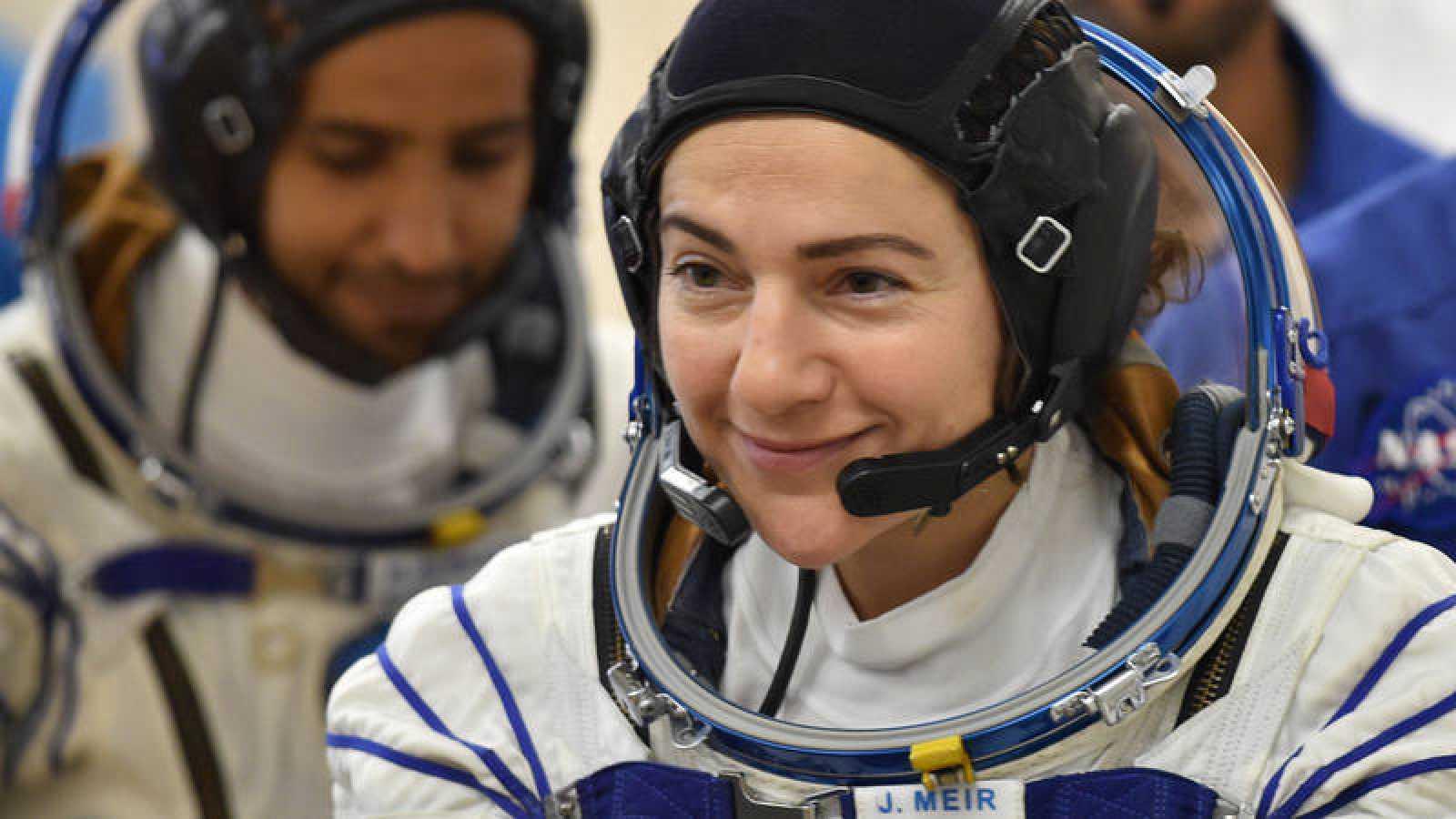 Imagen de archivo deJessica Meir, una de las dos astronautas que participarán en la primera caminata espacial solo conmujeres.