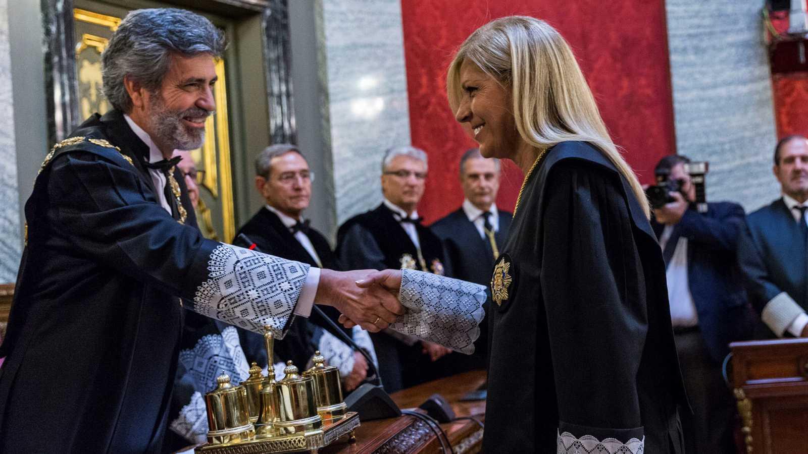 La magistrada Susana Polo saluda al presidente del Tribunal Supremo, Carlos Lesmes en el acto de toma de posesión en 2018.