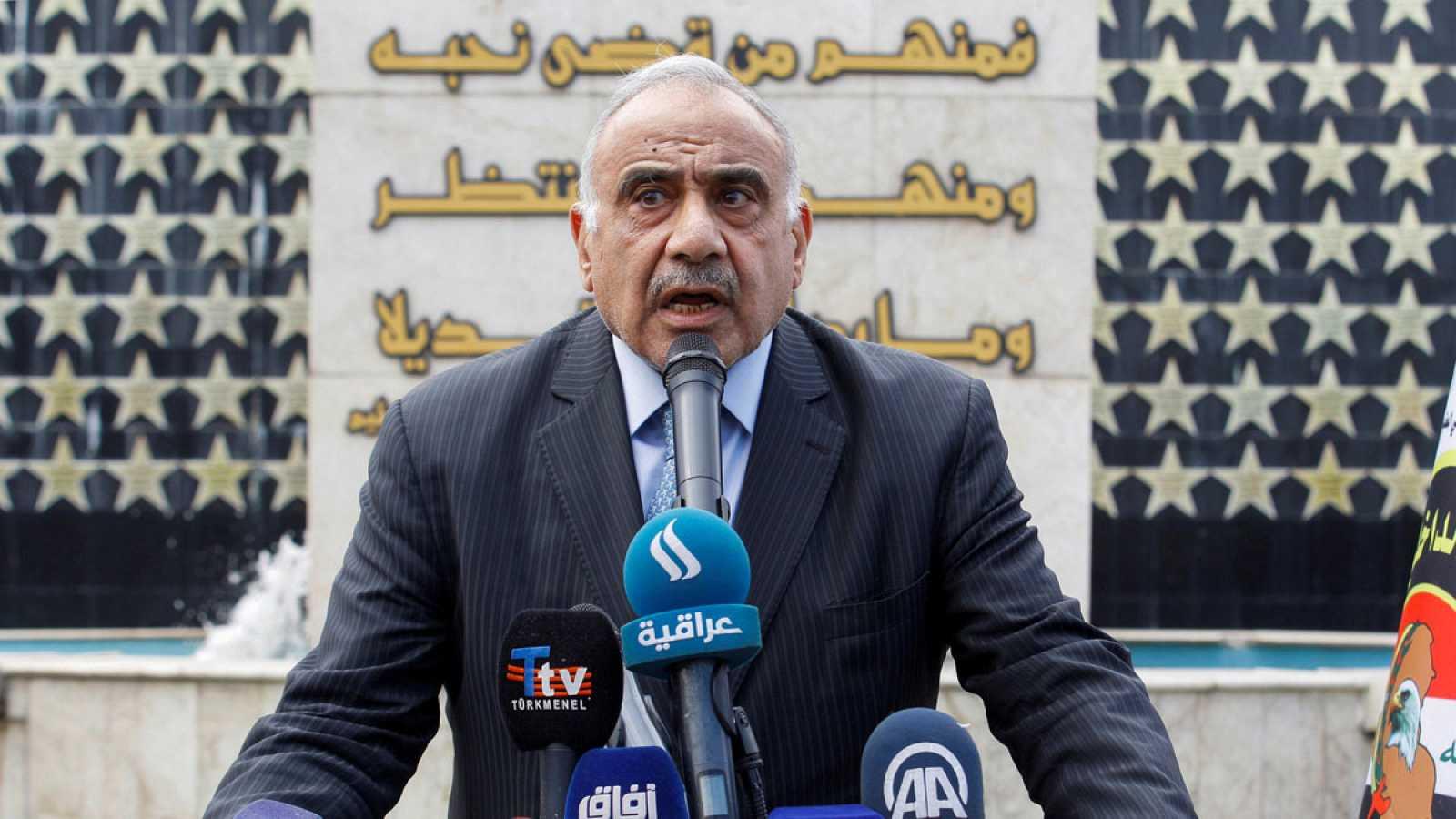El primer ministro iraquí, Adel Abdelmahdi, en un discurso durante el funeral del General Ali Al-Lami, jefe de la Cuarta División de la Policía Federal y que fueasesinado en Bagdad el 23 de octubre de 2019