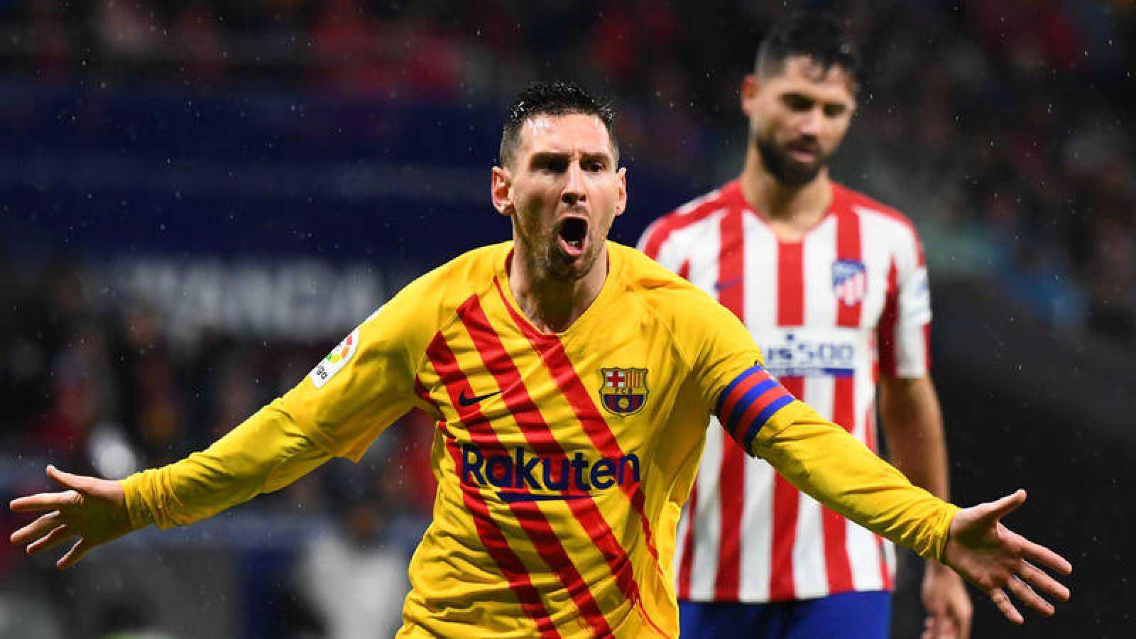 Leo Messi celebra su gol frente al Barça.