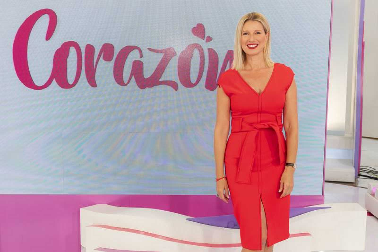 Anne Igartiburu, presentadora de 'Corazón'