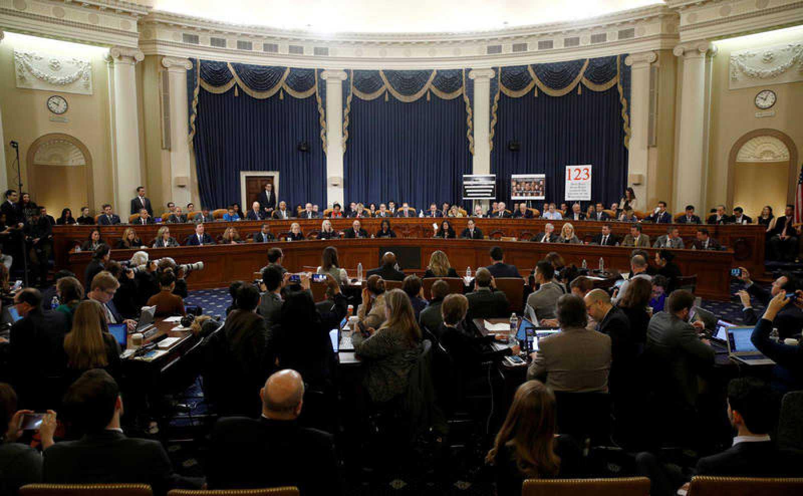 El Comité Judicial del Senado da luz verde para iniciar el proceso de destitución de Trump