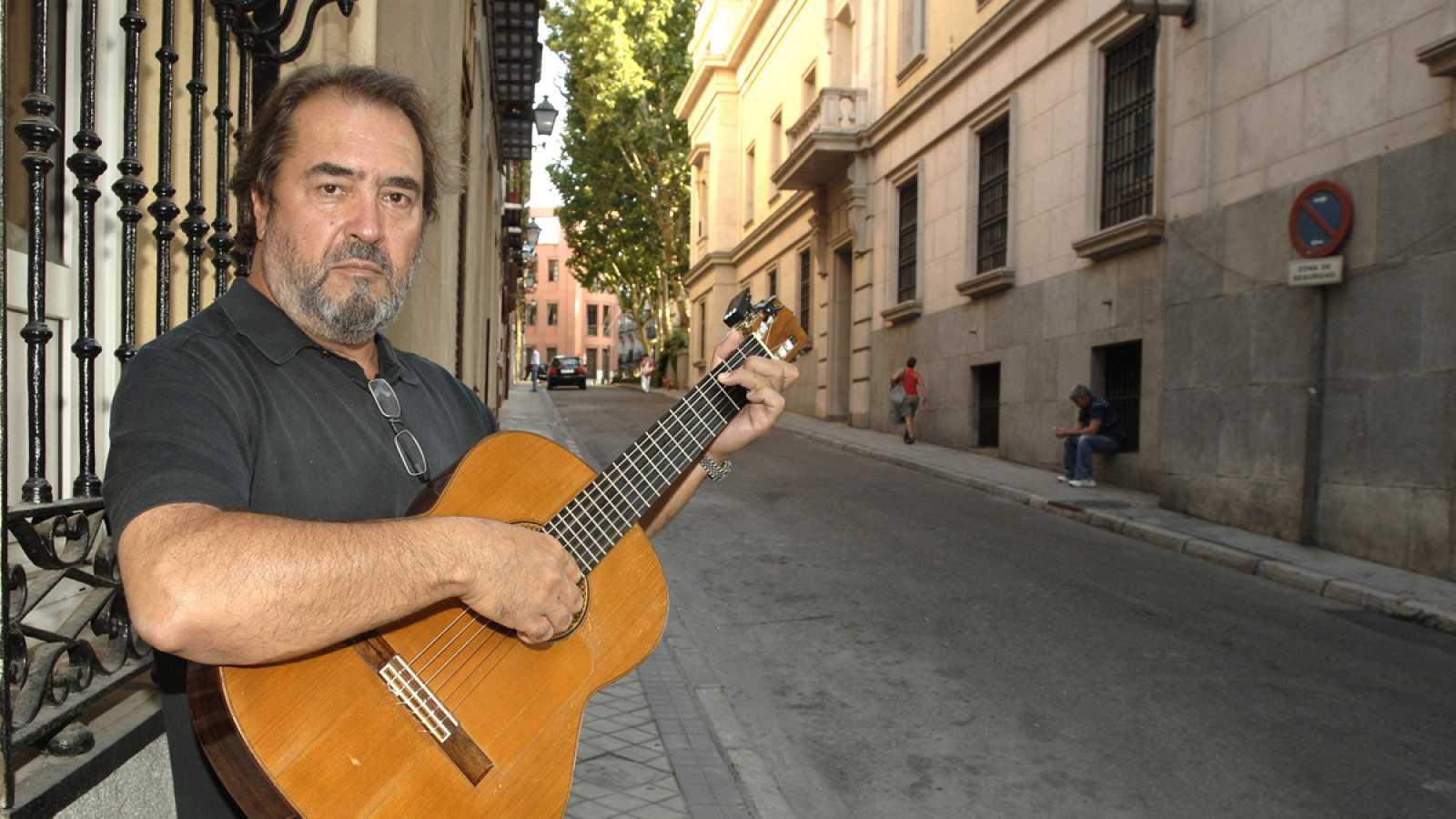 El cantautor, músico y actor Patxi Andión, en una imagen de archivo de 2009