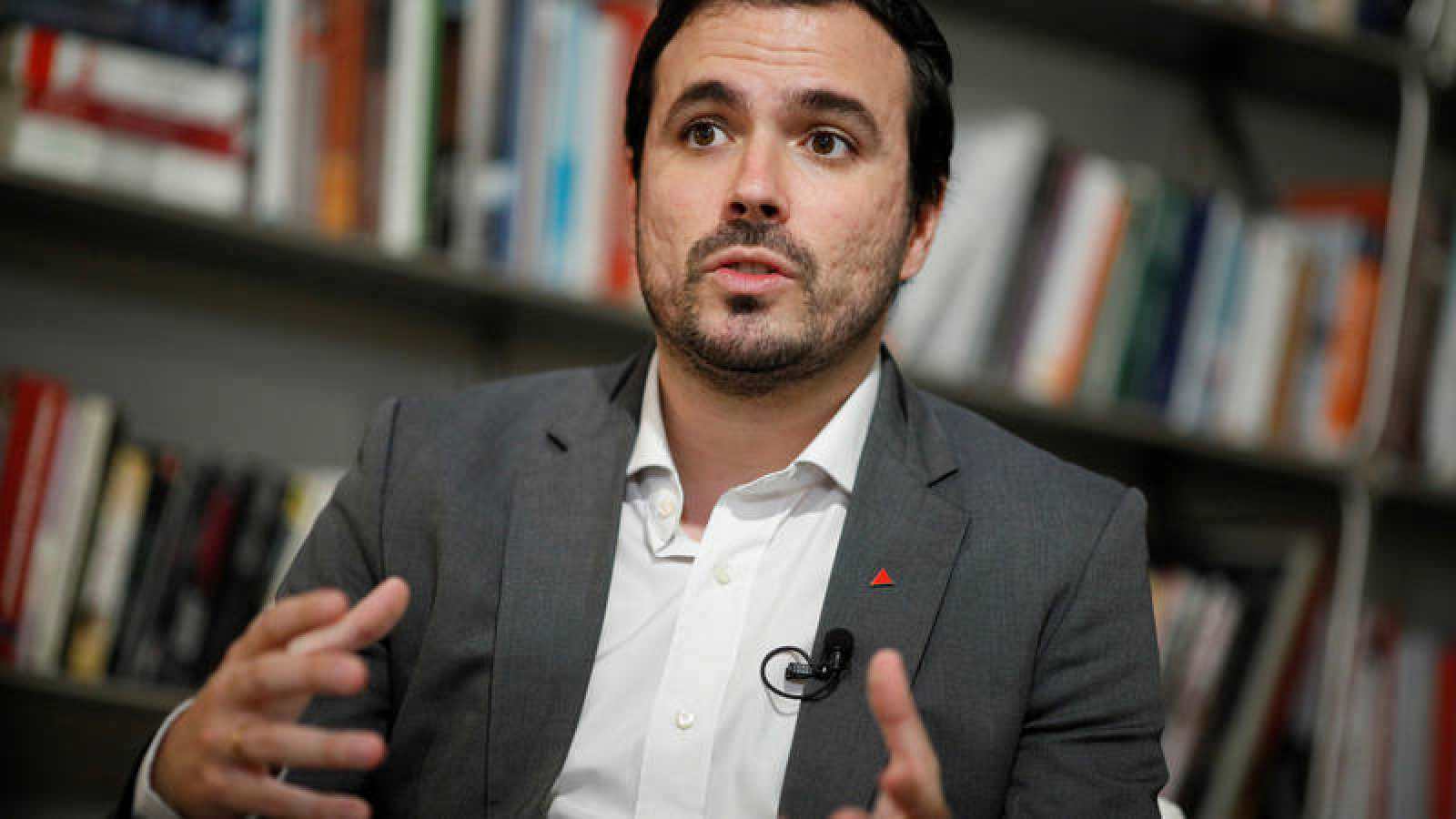 El coordinador federal de IU, Alberto Garzón, será ministro de Consumo.