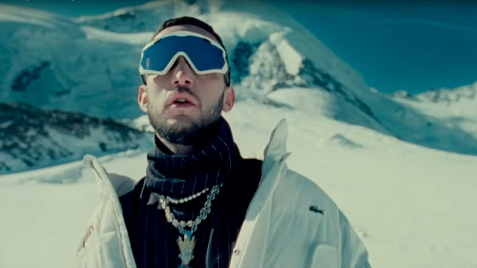 "Imagen del videoclip de ""Yelo"" de C.Tangana"