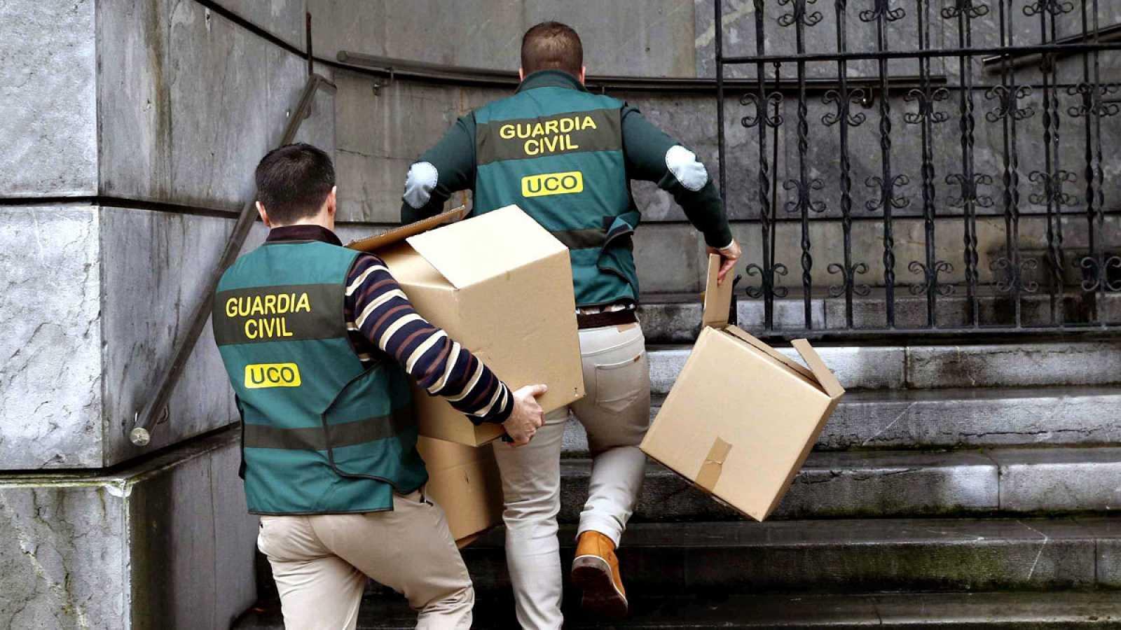 España mejora su nota en corrupción, aunque sigue por debajo de la media europea