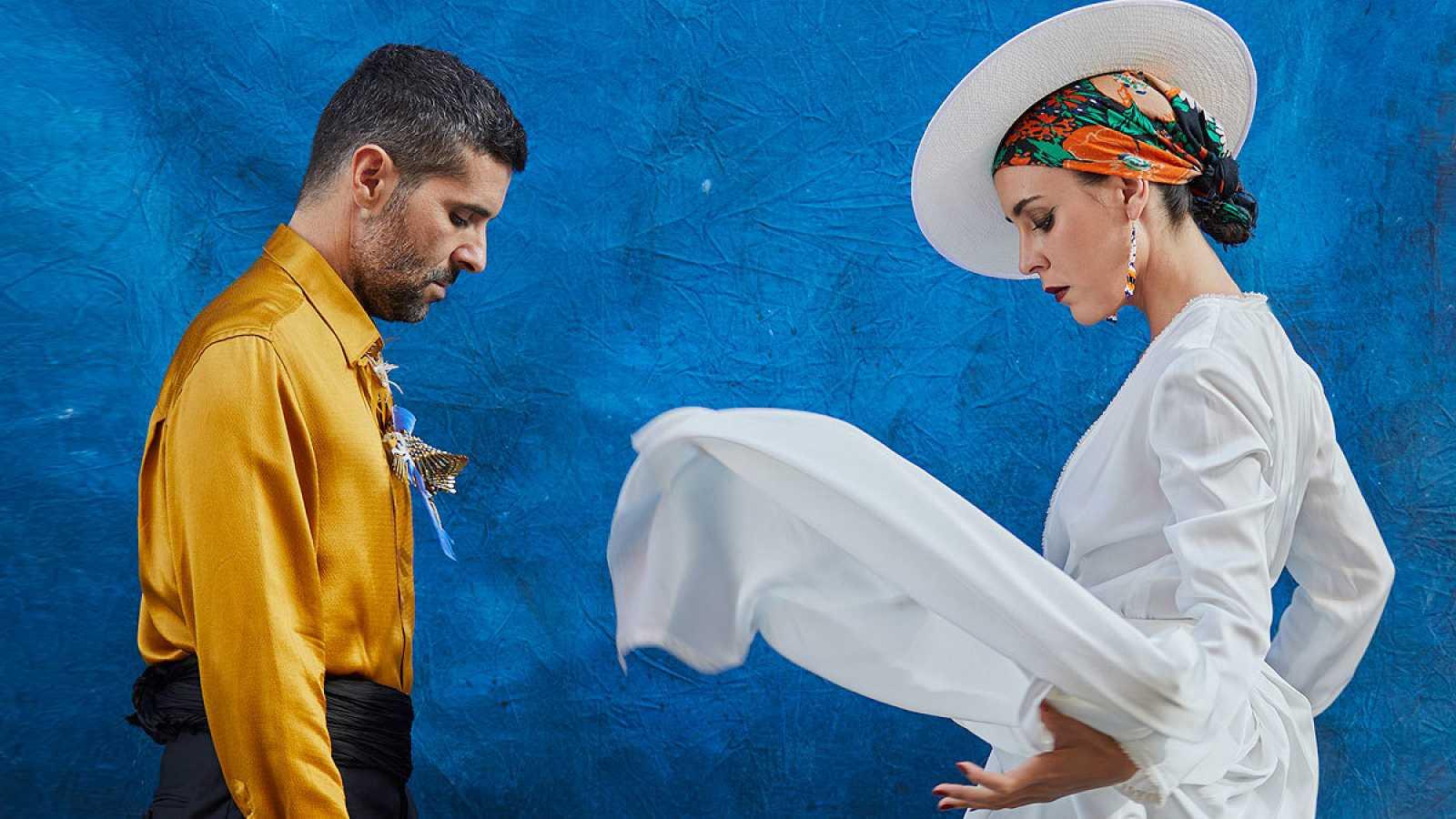 Ale Acosta y Nita Manjón, integrantes de Fuel Fandango, en una imagen promocional de su último disco, 'Origen'.