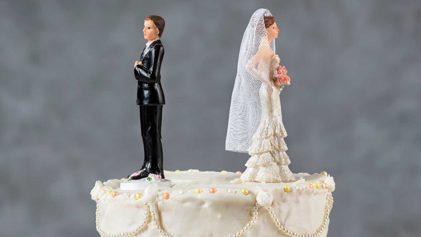 España es el cuarto país de la UE con menos bodas y tercero con más divorcios