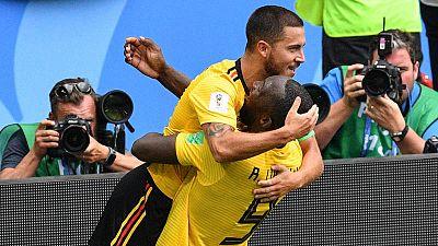Hazard y Lukaku celebran la victoria de Bélgica.