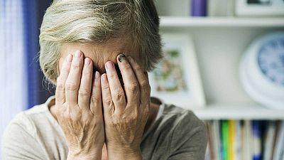 Los expertos piden que los recursos para mujeres víctimas de violencia de género se adapten también a la tercera edad