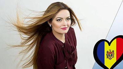 """Anna Odobescu canta """"Stay"""""""