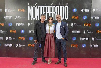 De izquierda a derecha, los actores Francis Lorenzo, Megan Montaner y Alain Hernández, que encabezan el reparto