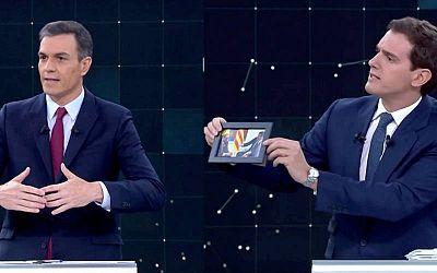 Pedro Sánchez y Albert Rivera en un momento del debate