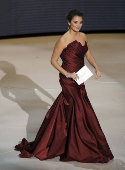 Presenter Cruz Actor walks the stage to present best actor in a leading role during the 82nd Academy Awards in Hollywood