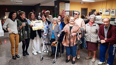 Lotería de Navidad - Fiesta en la residencia de Villaviciosa de Odón, premiada con un quinto