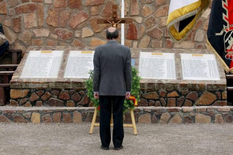 Rubalcaba en un acto de homenaje en la base española